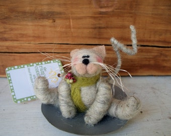 Kitten Wool Wrapped/Needle Felted on Saucer Sled Ornament