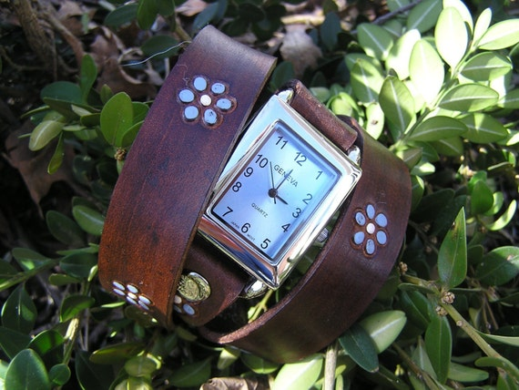Revolution Leather Wrapped Snap Watch in Brown