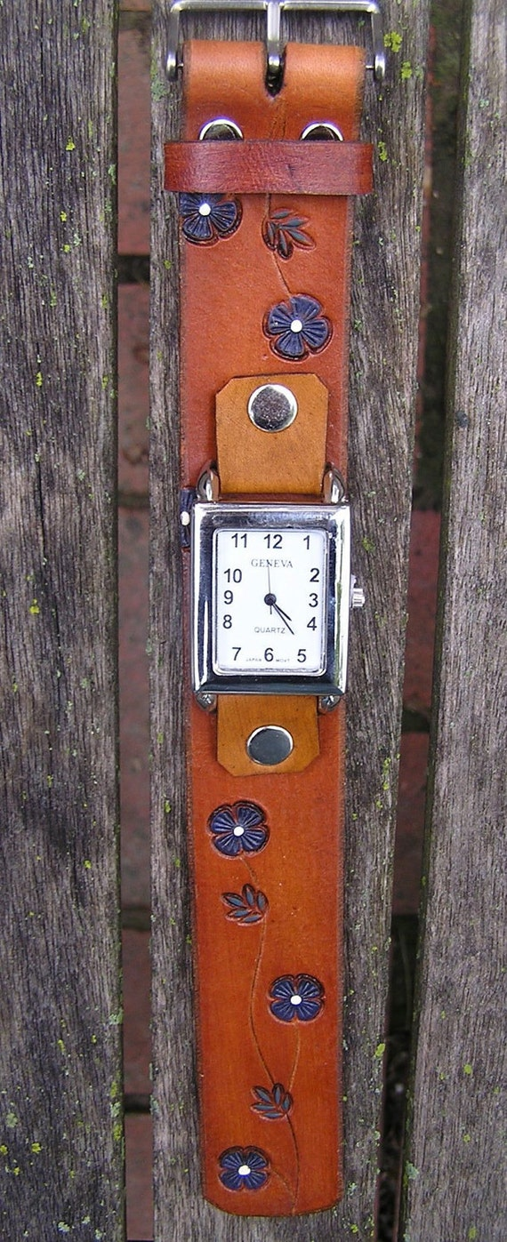 Tan Buckled Leather Watchband with Watchface