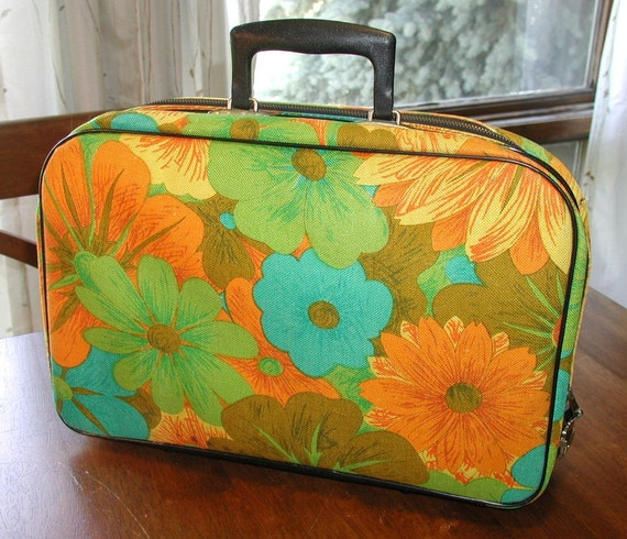 Vintage Small Suitcase - - BIG Beautiful Bunch of Colorful Funky TROPICAL Flowers - MOD