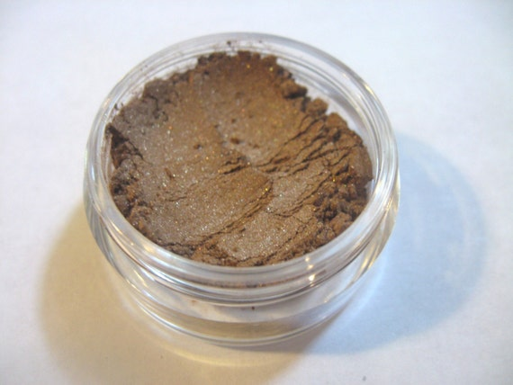 Beach Bronze 3-in-1 Color - Eye Shadow, Bronzer, Lip Color - All in One - 10 gram sifter jar