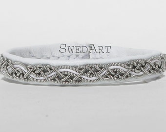B14 Telemark Swedish Sami Bracelet Lambskin Antler Button White XX-SMALL