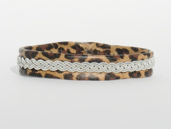 "Reindeer Leopard Leather Bracelet-Antler Button-7/16"" Wide-XXS-B12 Sami"