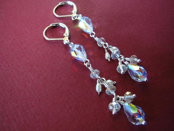 Clear swarovski crystal and freshwater pearl silver earrings