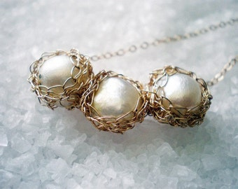 Crochet 14k gold filled and white pearl bridal necklace