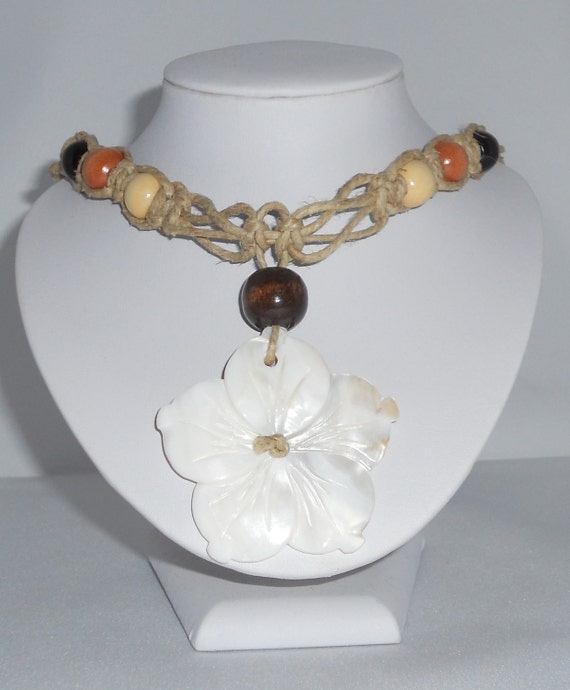 Natural Hemp Necklace with Flower Pendant