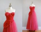 1940s dress / 40s vintage / Dubonnet dress