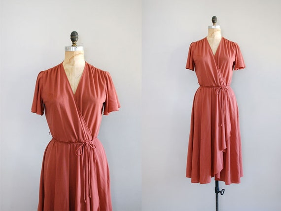 wrap dress / 1970s dress / Redwood Chiffon dress