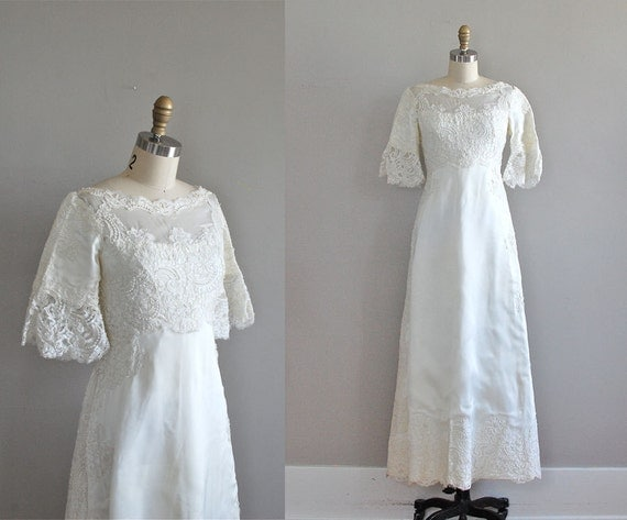 vintage wedding dress / 1960s wedding gown / Reina Blanca