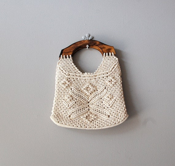 crochet bag / 70s wood handle handbag / Altamira bag