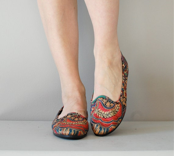 tapestry shoes / slip on shoes / fabric / Regency Skimmers
