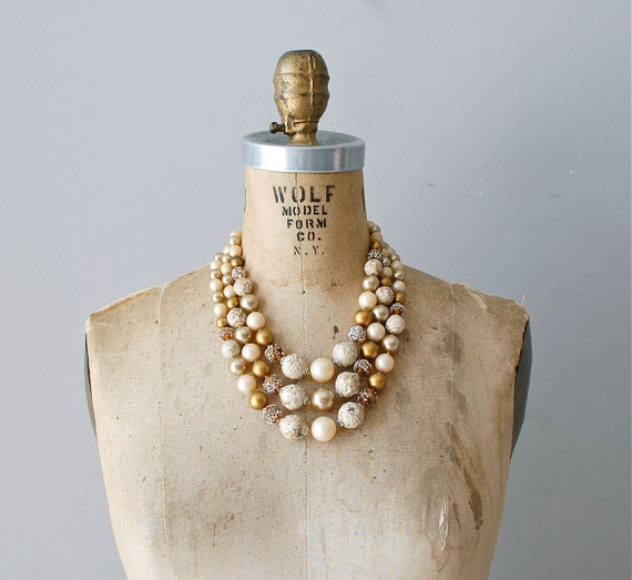 1960s necklace / 60s pearl necklace / Popcorn Pearls