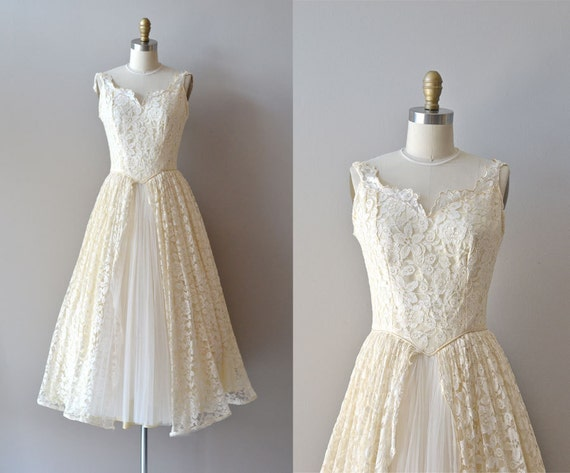 50s wedding dress / 1950s lace wedding dress / Tres Leches dress