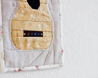 Ukulele Mini Quilt Pattern