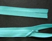 1 pcs  22 inch Invisible Zipper - Surf Turquoise Number 548 - Genuine YKK Zippers - Closed Bottom