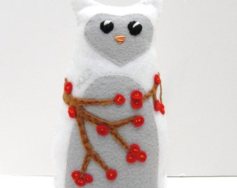 Sale- 8 inch stuffed felt Hoot owl in white with branches of red winter berries, Ready to ship