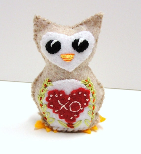 """Sale- felt owl - wee owlet with red """"xo"""" heart and flowering vines- Ready to ship"""