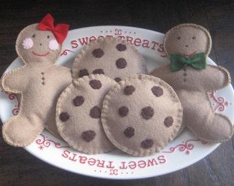 Felt food Gingerbread cookies felt chocolate chip cookies wool felt, felt play food