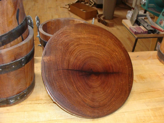 end grain mesquite wood round cutting board 12 5 by mesquiteforge. Black Bedroom Furniture Sets. Home Design Ideas
