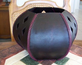 Six pannel leather bowl
