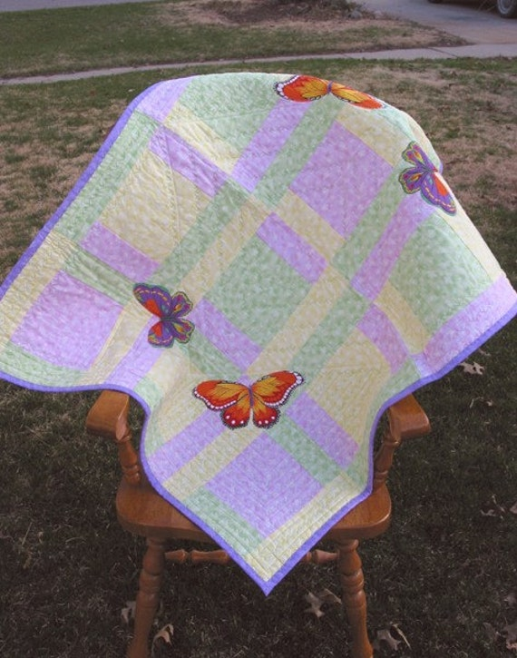 1000 butterflies.Quilted baby blanket or lap quilt.Ready to ship,32x40