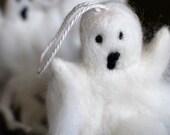 Bernard, Halloween Ghostie, Happy Halloween needle felted Ghost