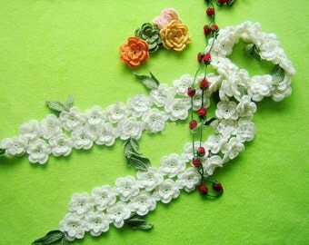 Hand-crochet white flower wool scarf with green leaves