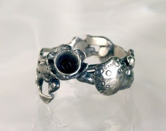 Sterling silver ring, Delicate Flower Ring from Recycled Oxidized sterling Silver fashion jewelery