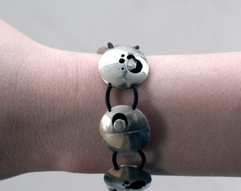 Adjustable Sterling Silver Bracelet with zirconia and rubber bands, contemporary design