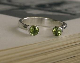 Sterling Silver peridot gemstone Ring, Green Organic Silver Ring, Recycled Silver Gemstone Ring, Gift Idea, Birthstone Ring,