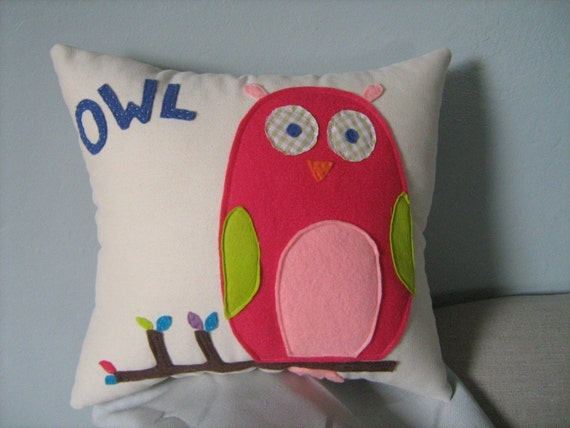 Baby Owl Pillow in Pink