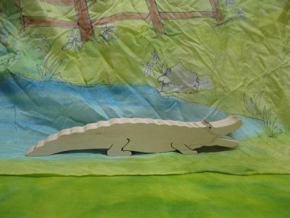 crocodile / alligator toy all natural
