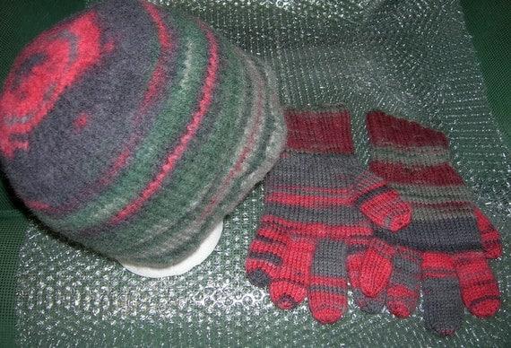 Hat & Glove Set, 100% Wool, Hand Knit,  Large