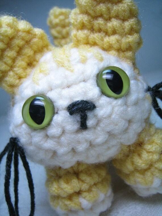 Amigurumi Tabby Cat : Butterscotch a butter cream striped amigurumi tabby cat
