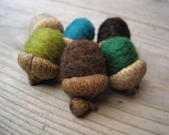 felted wool acorns set of 12 woodland moss / eco friendly natural decor inspired by the forest (ready to ship)