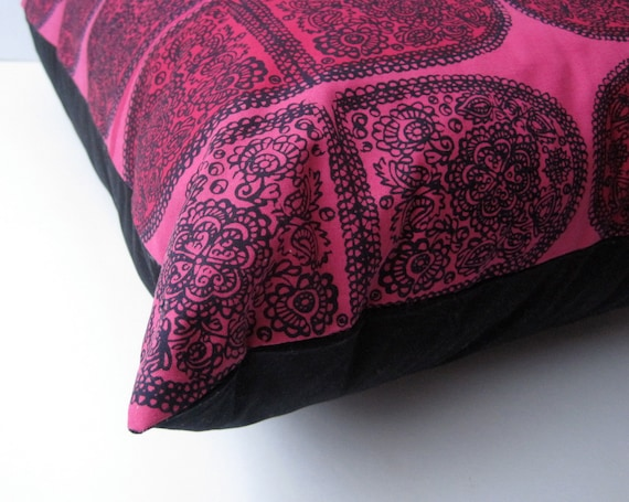 """Marimekko throw PILLOW cover cushion - huge 23"""" sham in hot neon pink and black / home decor (only 1 - ready to ship)"""