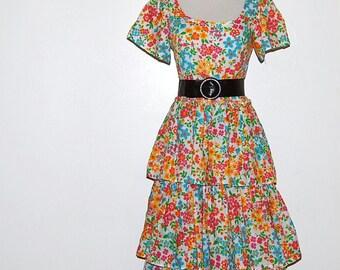 SALE.........Vintage Dress 70s Peasant