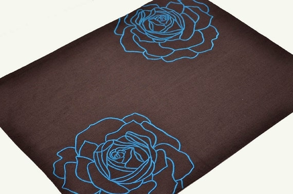 Blue Roses Placemat - Dark Brown Linen with Blue Rose - Linen Placemats - Embroidered Placemats - Placemat set of 4 - Table Linen