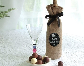 JULY Shipping! Burlap Wine Bottle Bag with Re-Useable Chalkboard Labels - Great for Gifting and Seasonal Decorating