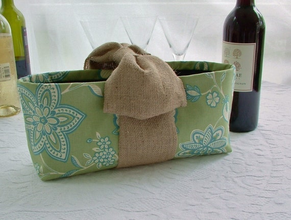 Wine Bottle Carrier Tote Bag in Graphic Floral with Burlap Bow Handle