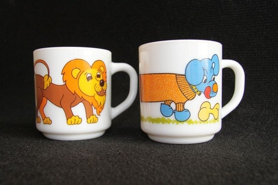 Great vintage lion and  dachshund mugs from the 70's