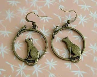 Cat eyeing Mouse Earrings