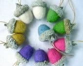 FELTED ACORN KIT for 10 Glass Glittered Felted Wool Acorns