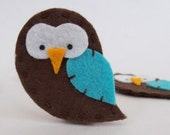 Set of 4 Felt Applique Sitting Owls
