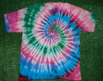 Large Youth Tie Dyed Tshirt