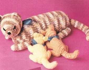 Vintage Crochet Pattern Mama Cat and Kittens