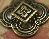2 pc 'Clovers and Flowers' antiqued gold over BRASS, elegant charm / pendant