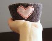 felted bowl -fuzzy felted grey-brown wool bowl with pink eco felt heart - ring holder, catch all