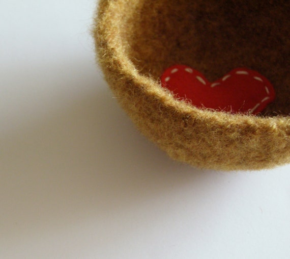 felted wool dish - turmeric orangeish brown shallow bowl or dish with bright red heart - ring holder or desk organizer
