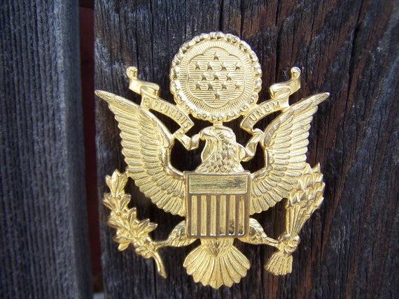 Vintage Badge WWII US Army Officers Hat Insignia